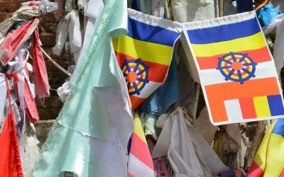 """Die Suche nach einem """"Buddhismus im Westen"""" als postkoloniales Projekt"""