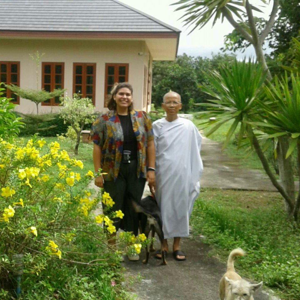 klostergarten buddhirefuge